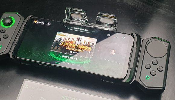 Xiaomi тизерит Black Shark 2 Pro: усовершенствованный телефон для игроков